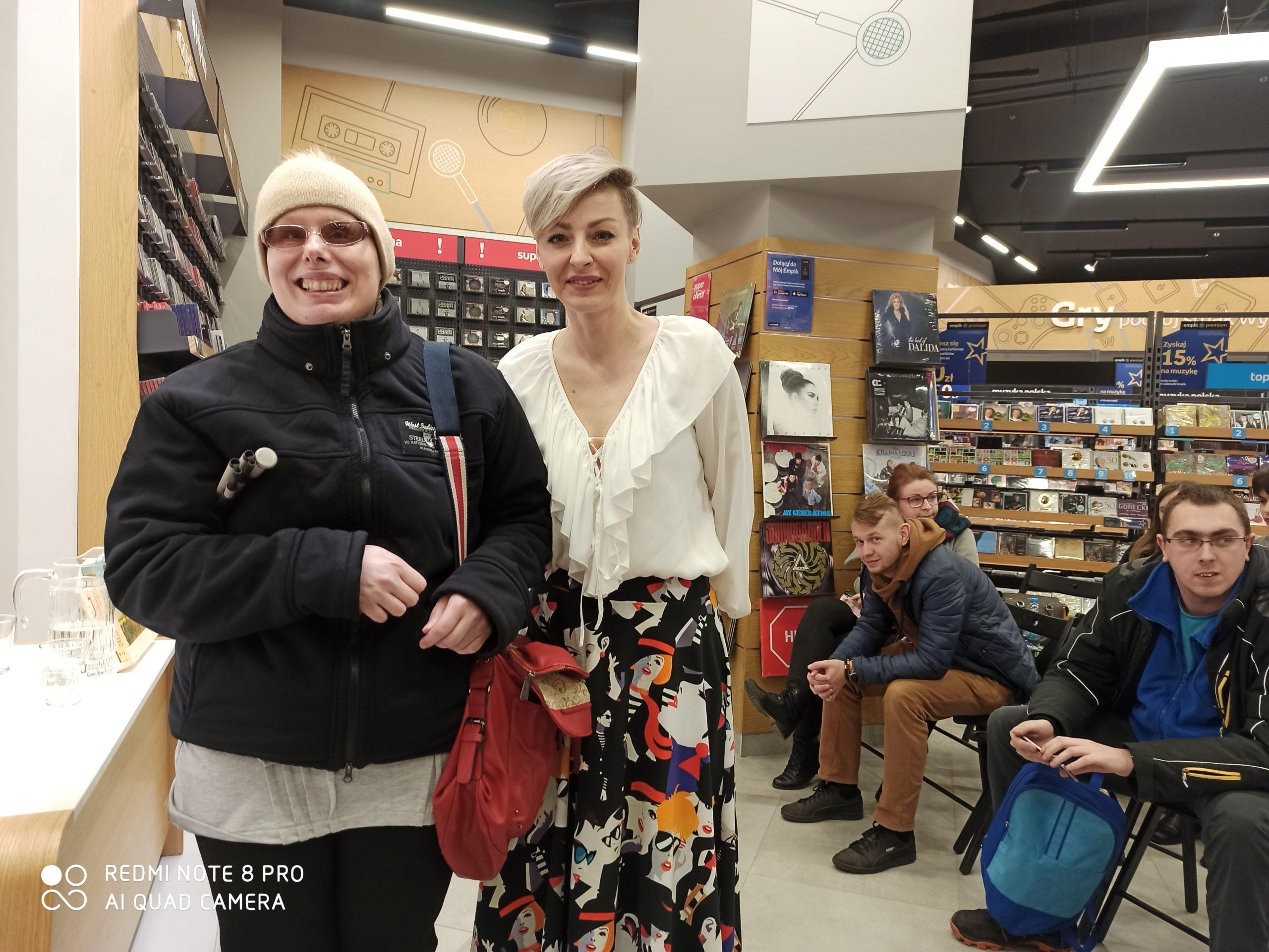 Na zdjęciu Stasia i Natalia Nowak-Lewandowska